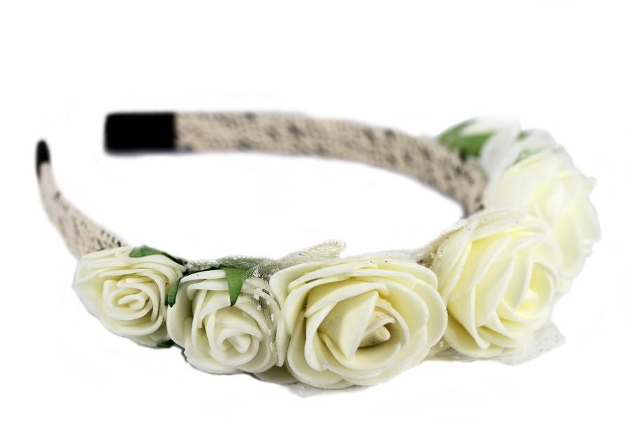Couronne de fleurs blanche
