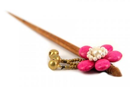 Accessoires cheveux rose pour coiffure