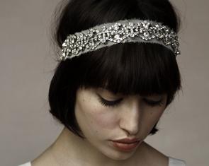 Quel headband choisir pour les cheveux courts