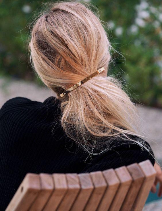 comment mettre pince bec cheveux