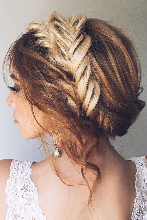 Comment attacher des cheveux long