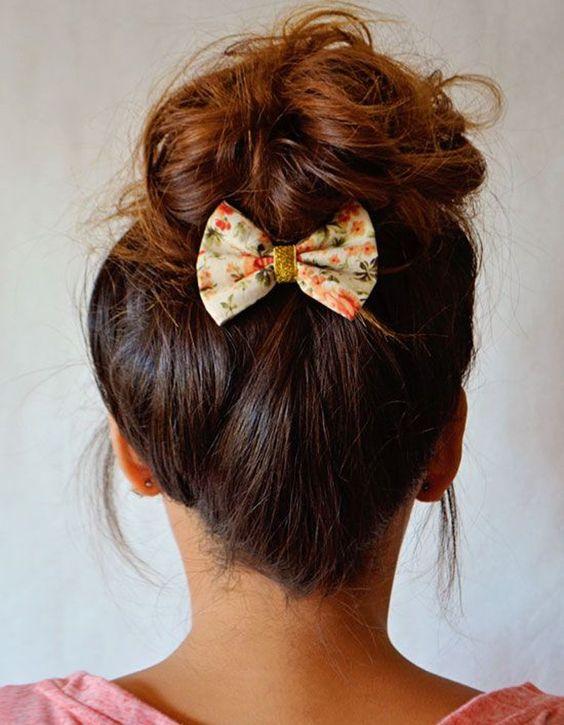 idee coiffure barrette cheveux nœud